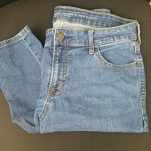 Old Navy Super Skinny Mid-Rise Jean's Size 8